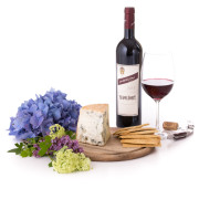Avvoltore wine and cheese