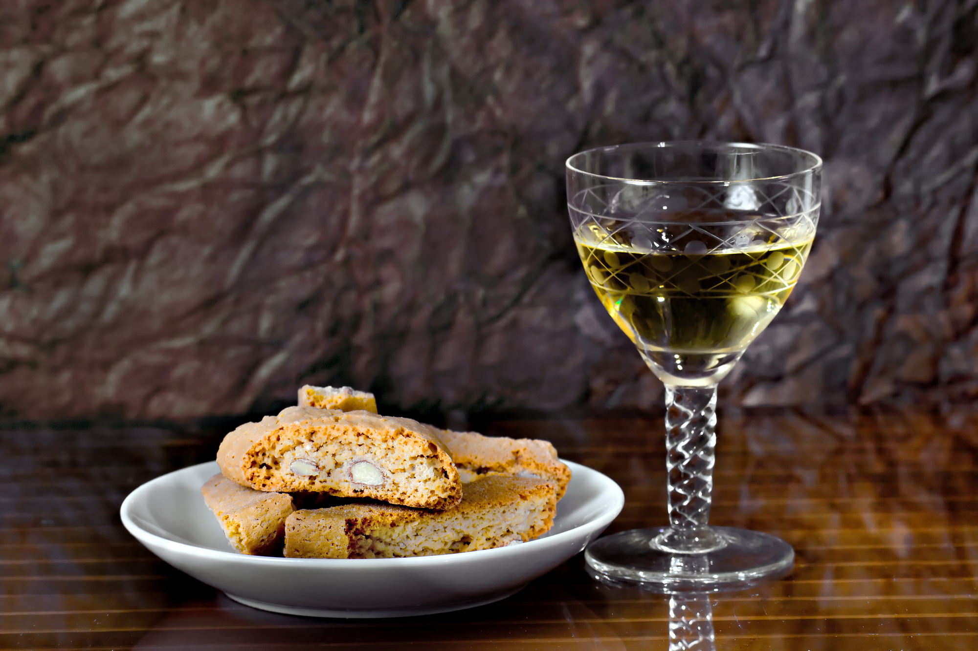cantuccini and vinsanto